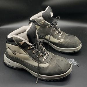 Nike ACG Boots for Men - Poshmark